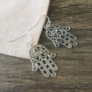 👉Hamsa silver earrings👉for free W/any purchase